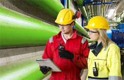 Plan 500 000 : des formations pour des métiers porteurs dans l'industrie