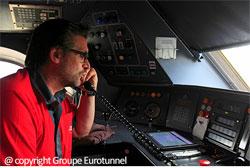 Conducteur d'une navette dans le tunnel sous la Manche / Photo : Groupe Eurotunnel