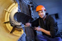 Le nucléaire recrute toujours dans les métiers de la maintenance