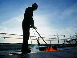 BTP : des formations pour devenir étancheur, un métier qui recrute