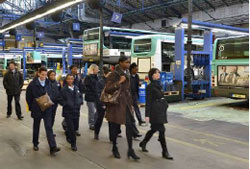 "Visite d'un centre bus lors des ""Mercredis du handball"" / RATP"