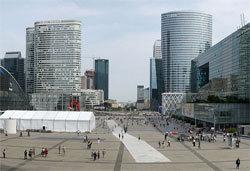 Le quartier d'affaires de La Défense (Wikimedia)