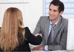 Deux formations commerciales qui débouchent sur l'emploi