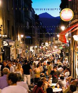 Les rues de Clermont le soir.