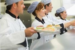 La restauration collective cherche 16000 cuisiniers chaque année