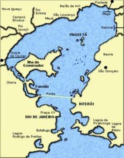 La baie de Guanabara, Rio à l'ouest, Niteroi à l'est, l'ilha da Paqueta au nord