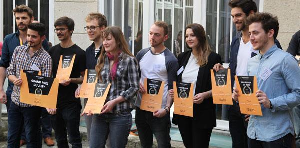 Les lauréats du Grand Prix du jury pour leur film de fin d'études. Crédit : ISART DIGITAL