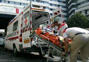 Véhicule d'un groupe de secouristes de la Croix  Rouge