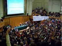 Vote de la grève à la Sorbonne