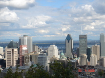 Etudier ou travailler au Canada