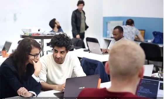 Refugeeks : des réfugiés formés comme développeurs s'insèrent en entreprise