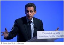 Nicolas Sarkozy annonce des mesures pour l'emploi des jeunes