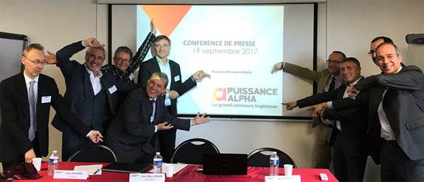 Les directeurs des 16 écoles présentent le logo du nouveau concours à la presse le 19 septembre 2017.