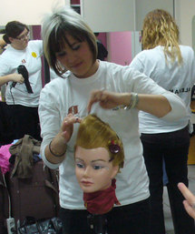 19 ans, en CAP coiffure