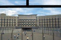 La prison de Fleury Mérogis où les étudiants sont allés distribuer des paquets aux détenus.