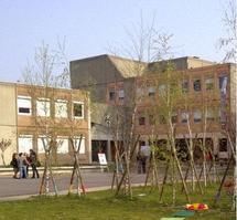 Mort d'Hakim, poignardé dans son lycée par un autre élève