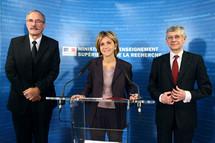 De g. à dr. : Pierre Tapie, président de la CGE, Valérie Pécresse et Paul Jacquet, président de la Conférence des directeurs des écoles d'ingénieurs.