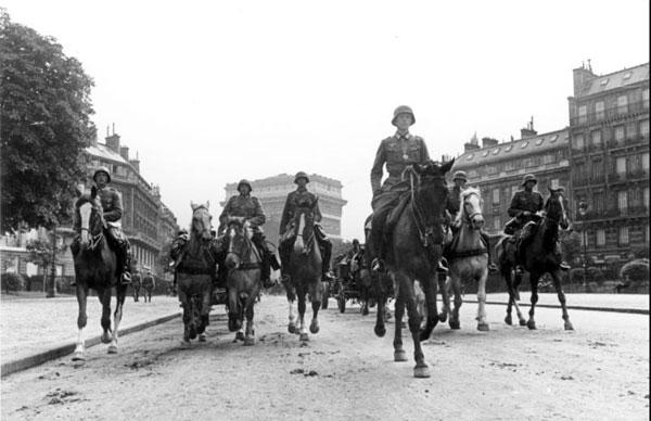 Parade des troupes allemandes à Paris en juin 40 © CC /Wikimédia