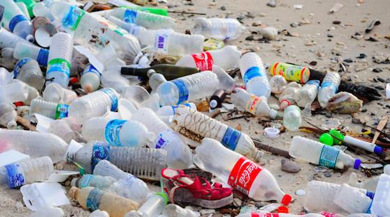 La Journée mondiale de la Terre dénonce la pollution par le plastique