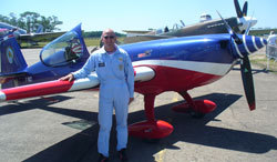 Renaud Ecalle : un champion de voltige aérienne trop vite disparu
