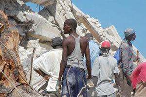 Haïti : des jeunes se forment aux métiers du bâtiment pour reconstruire