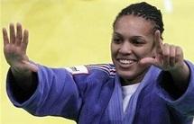 Audrey Tchauméo, 21 ans, et Lucie Decosse championnes du monde de judo