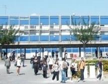 Mort de l'enseignante qui s'est immolée par le feu à Béziers