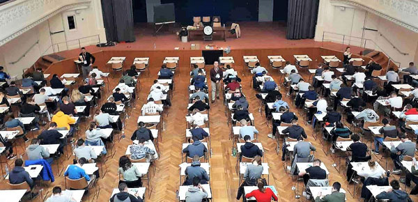 Un centre d'examen lors du concours Puissance Alpha © Puissance Alpha