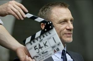Daniel Craig sur le tournage de Skyfall.