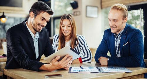 Les métiers de la communication : séduisants mais gare à la concurrence