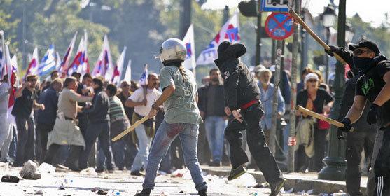 Emeutes en Grèce contre l'austérité en octobre 2011. Photo : Visilis Germanis / Dreamstime