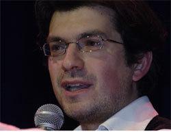 "Fabrice Hadjadj lors d'un événement de l'association ""Conversations essentielles"""