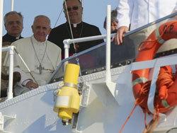 A Lampedusa, le pape François lance un cri en faveur des migrants