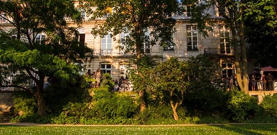 L'Ecole des Mines ParisTech, à côté du jardin du Luxembourg à Paris.
