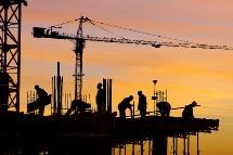Le secteur du BTP recrute en masse et manque d'ingéieurs et de techniciens.