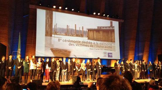 """Les lycéens participant au séminaire """"Des jeunes contre l'oubli"""" à l'Unesco / Ph. : Mémorial de la Shoah"""