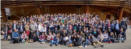 Les participants des Rencontres internationales lycéennes de la radioprotection 2014, au CERN à Genève.