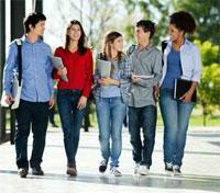 Erasmus+ : bientôt un prêt étudiant sans caution parentale pour faire son master à l'étranger