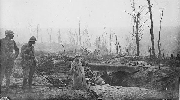 Tranchée à Verdun, en 1916. Photo : Wikimédia.