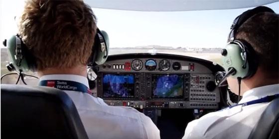 Un pilote de ligne en formation dans une école de pilotage © ESMA Montpellier