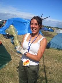 Distribution de sacs au festival Couvre Feu 2006