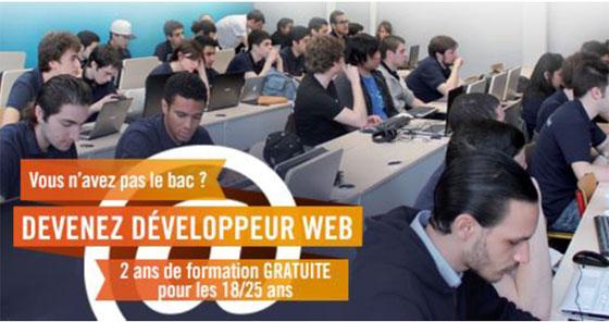 Affiche de la Web@démie, formation de développeur web réservée aux jeunes sans le bac.