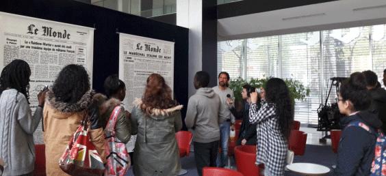 Une visite à la rédaction du journal Le Monde, pour découvrir le journalisme.