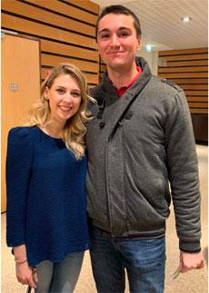 Lucas avec la chanteuse Laura Laune © DR / Lucas Brasier