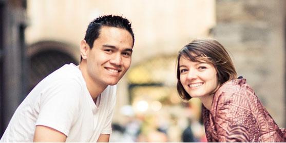 Sam est étudiant à l'INSA Lyon, Fidji étudiante en médecine. Ils se sont mariés à 21 ans. Photo : David Duchon Doris
