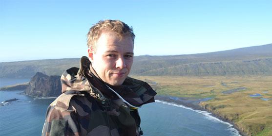 Brieuc Crenan, lors de son service civique sur l'île subantarctique de Crozet. Photo : G. Lemonnier.