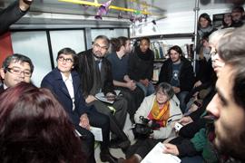 Visite de François Chérèque et de Valérie Fourneyron au bus-abri des Enfants du canal.