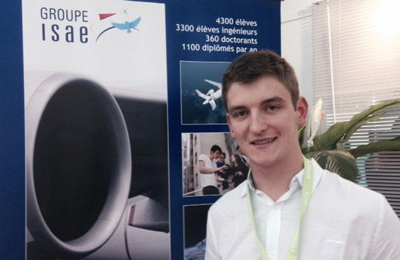 Mickaël Tiberghien, étudiant de l'Estaca, sur le Salon du Bourget 2015.