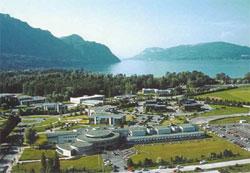 Le site au bord du lac du Bourget