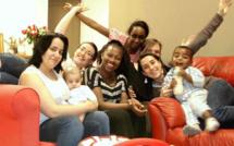 Six filles et deux bébés : une colocation solidaire pleine de vie